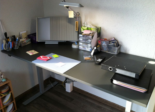 office-desk-3